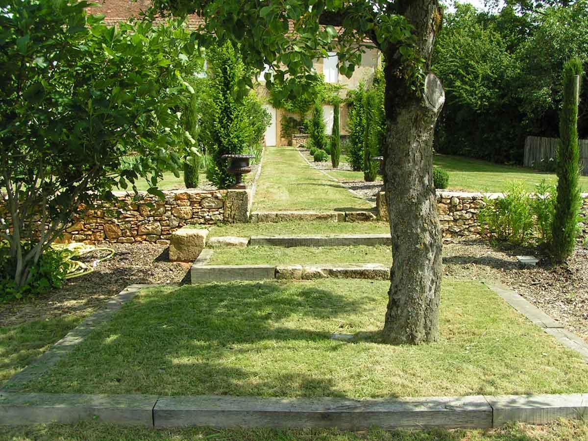 Conseils jardin c t jardin for Entretien jardin dordogne