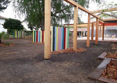 pergola et planches colorées